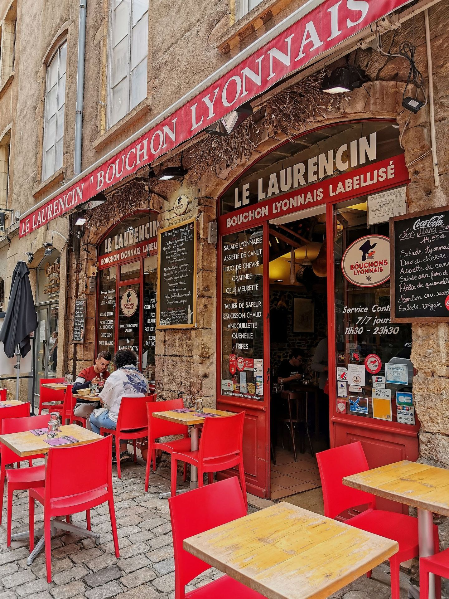 Lyon: Leave your food troubles at les traboules