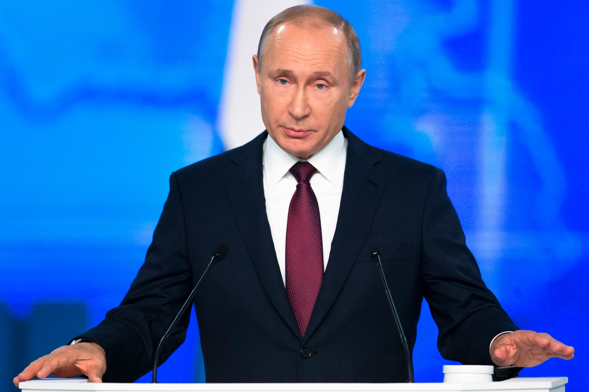 Vladimir Putin warns Russia will target US with missiles in