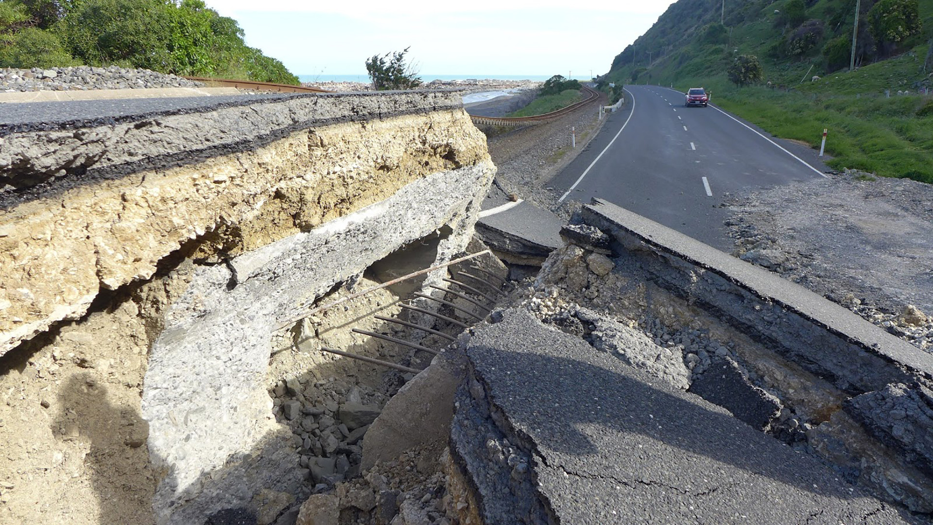 Scientists share research on Hikurangi subduction zone, earthquakes, tsunamis