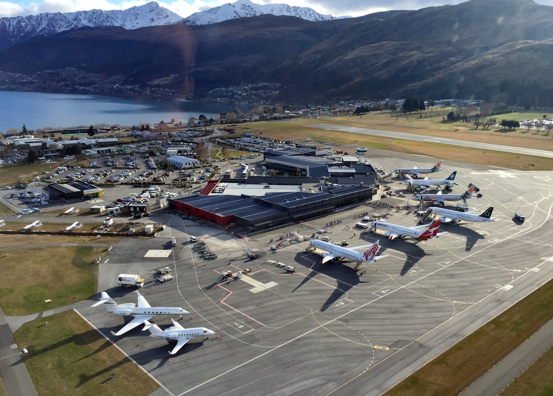 Fence-jumper at Queenstown airport detained