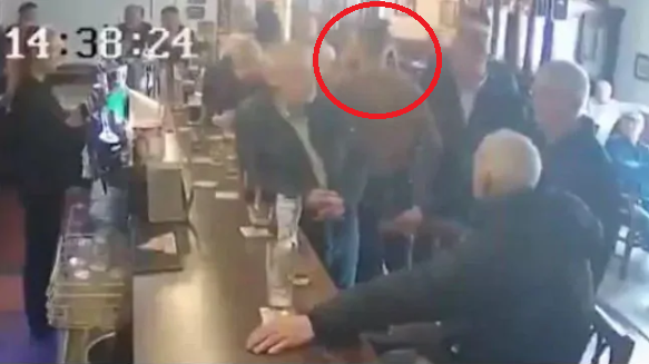 MMA: Conor McGregor had a 'secret meeting' after his punch on a pub patron