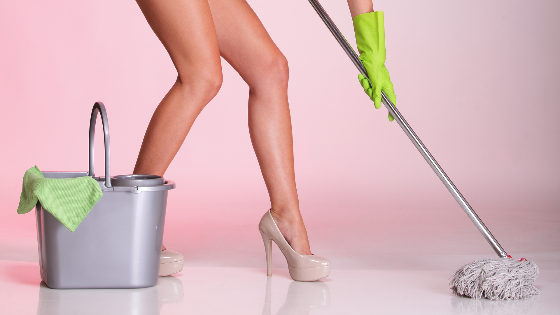 Help wanted: Nude cleaning business opening in Auckland