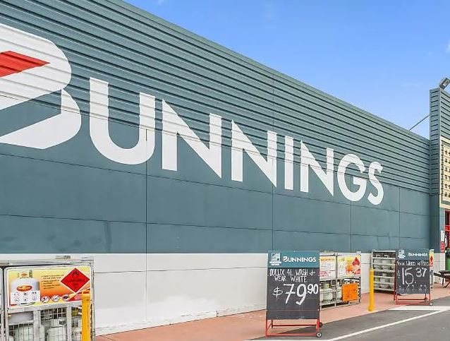 Bunnings' X-rated store sign goes viral