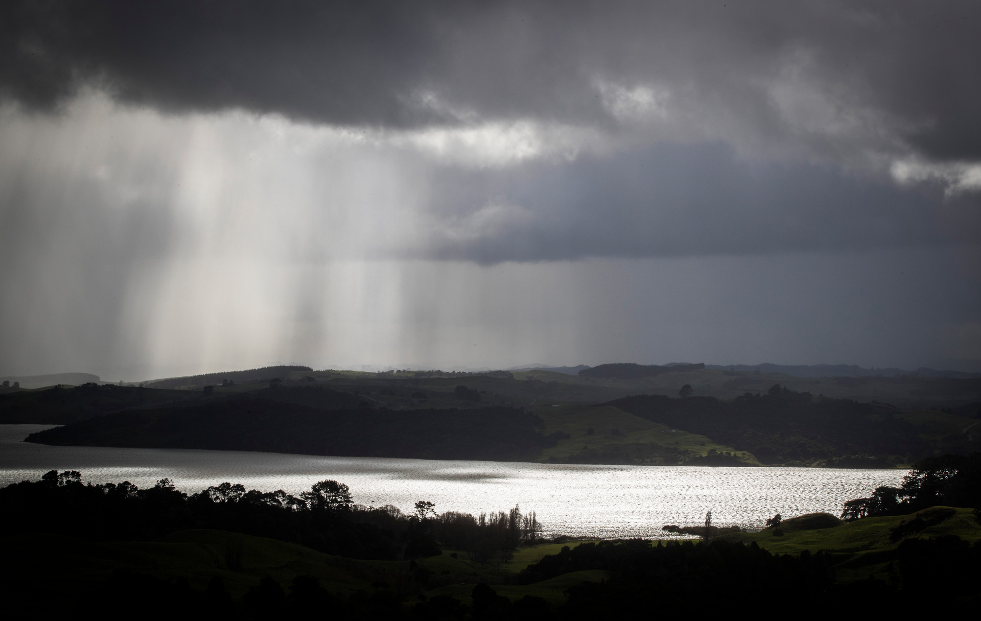 Govt announces millions of dollars to clean up Kaipara Estuary