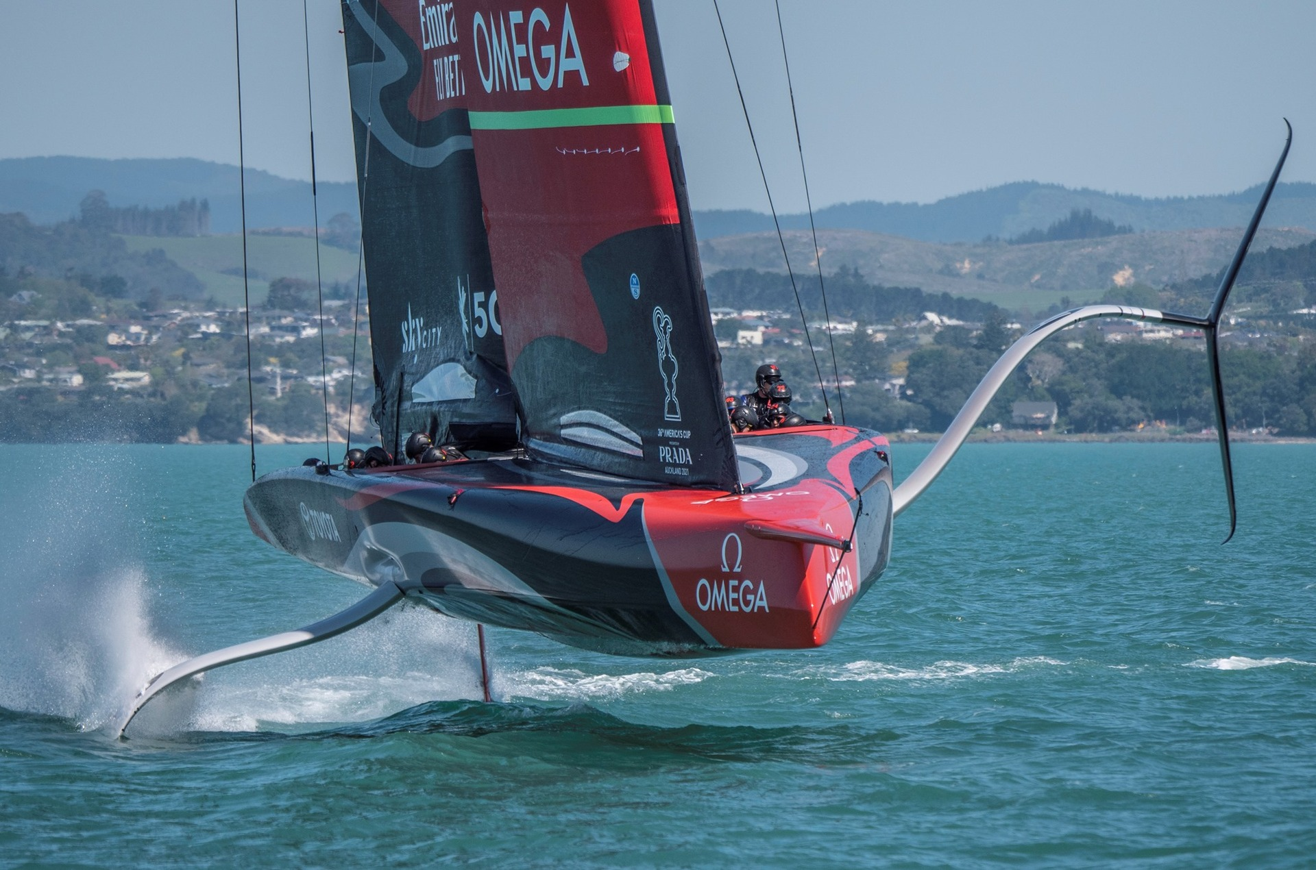 Team NZ's amazing gravity-defying act caught on camera