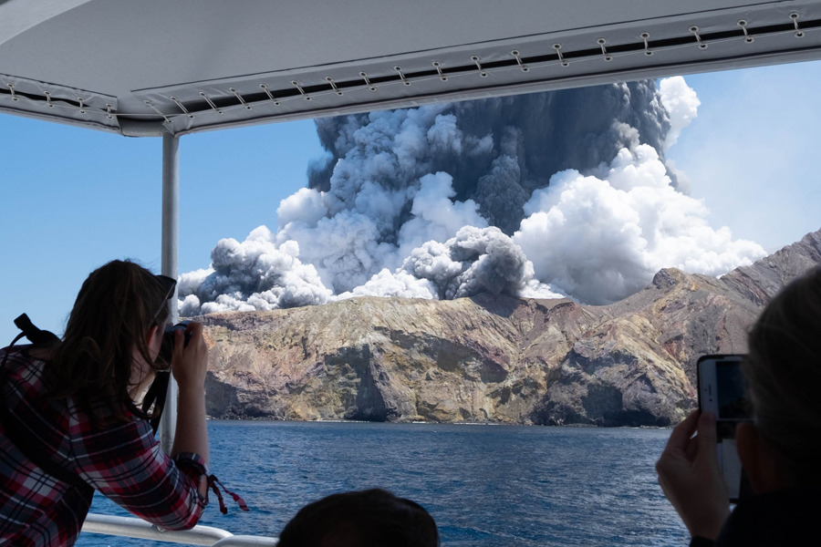 Fatal eruption: Grim task facing rescuers, drones to fly over island