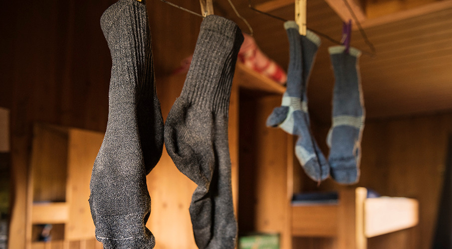 Man who 'sniffed his own smelly socks every day' hospitalised with lung infection