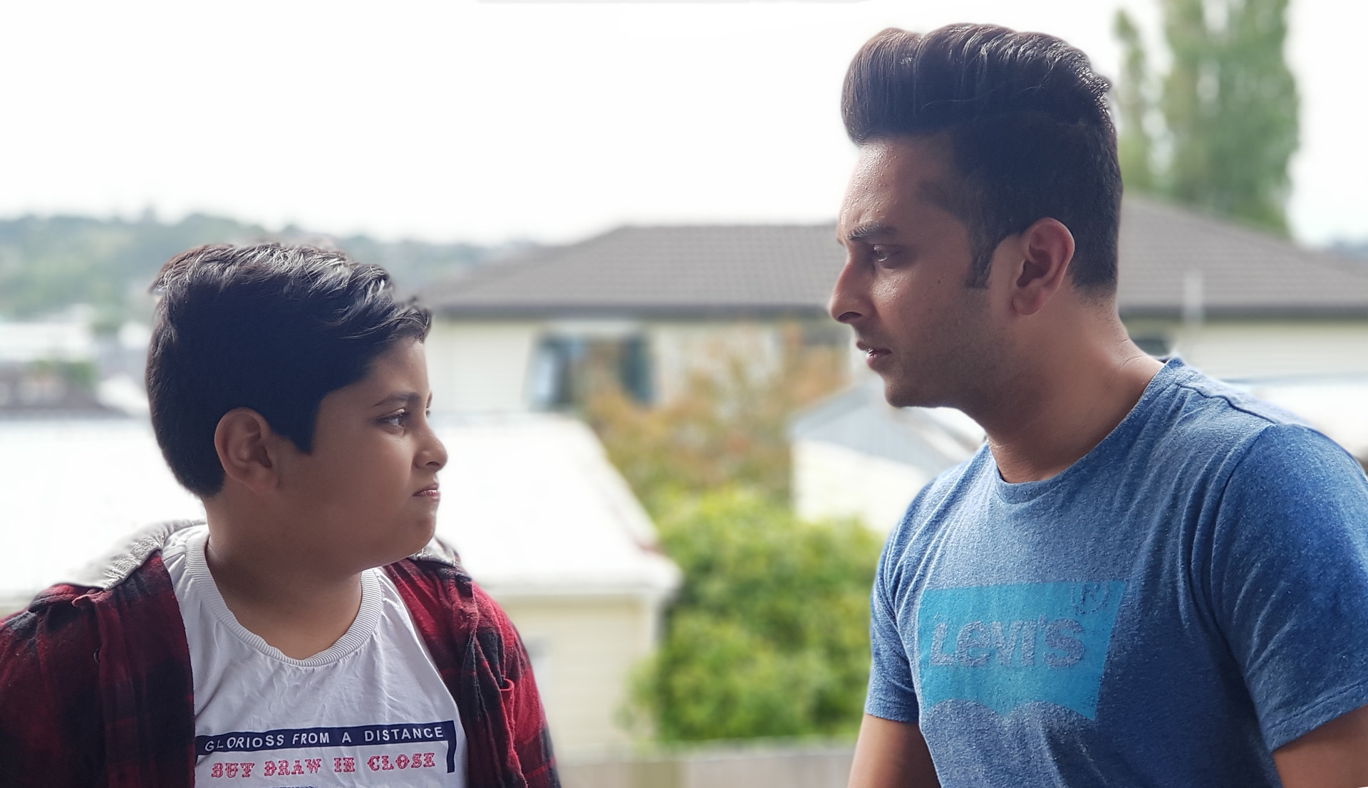 Father uses nation's mourning to educate son about love and solidarity