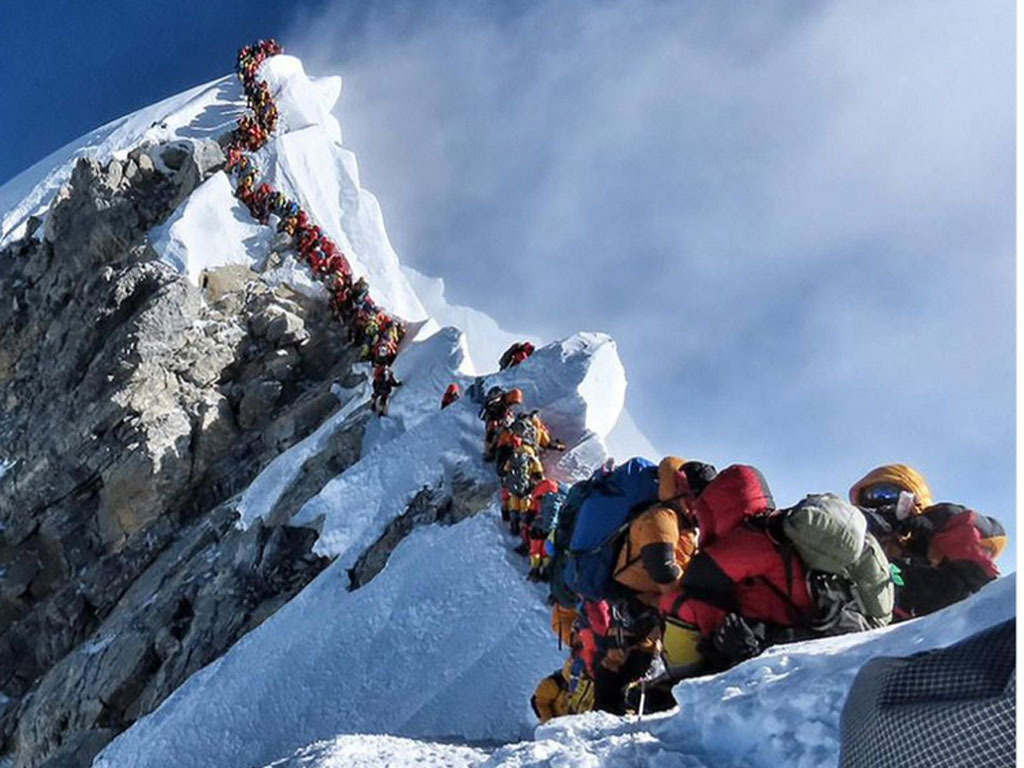 The truth behind overcrowding on Everest (and the queue in that photo)