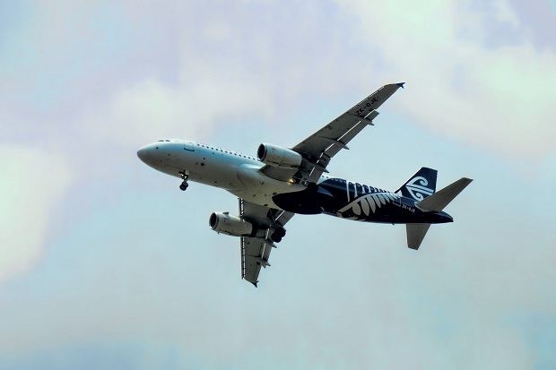 Flying from Auckland to Niue with Air New Zealand