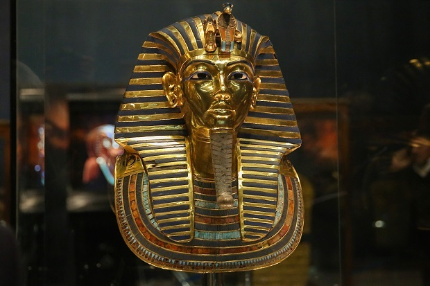 Was King Tut a fraud? New evidence points to a female pharaoh who ruled before him