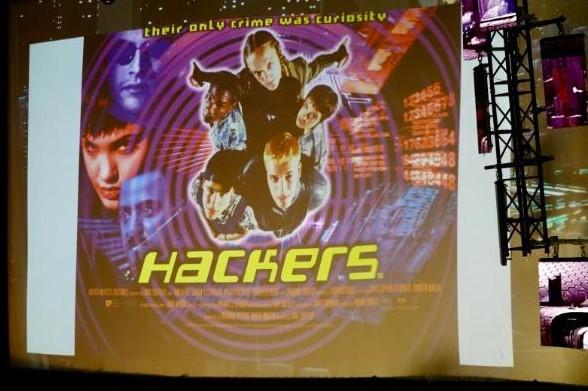 Juha Saarinen: Kiwicon 2038AD - don't ph34r the cyber
