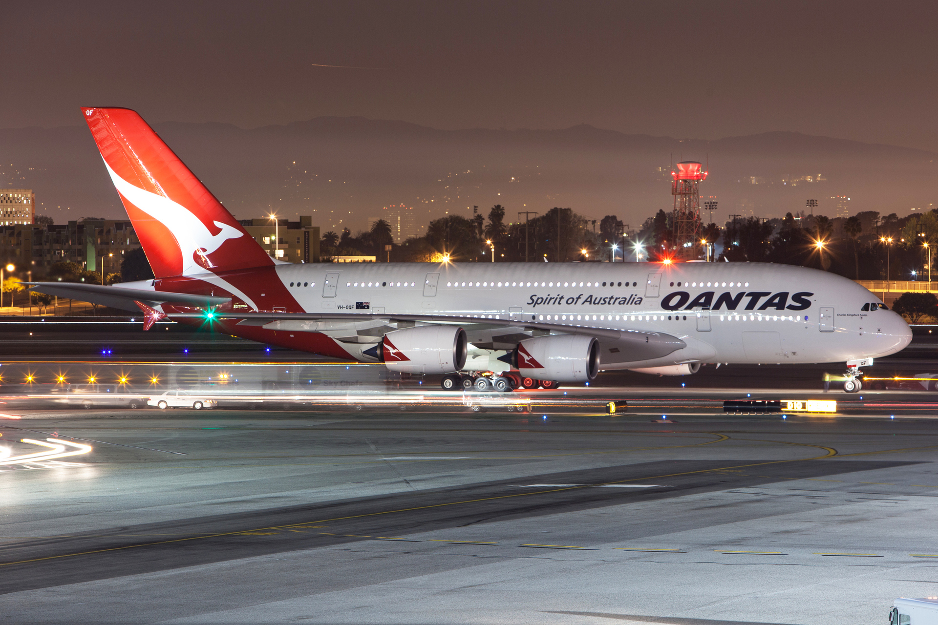 flipboard woman dies on qantas flight from los angeles to. Black Bedroom Furniture Sets. Home Design Ideas