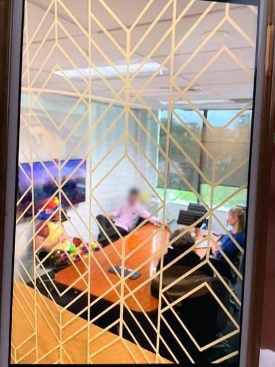 Auckland adman hires professional clown for redundancy meeting
