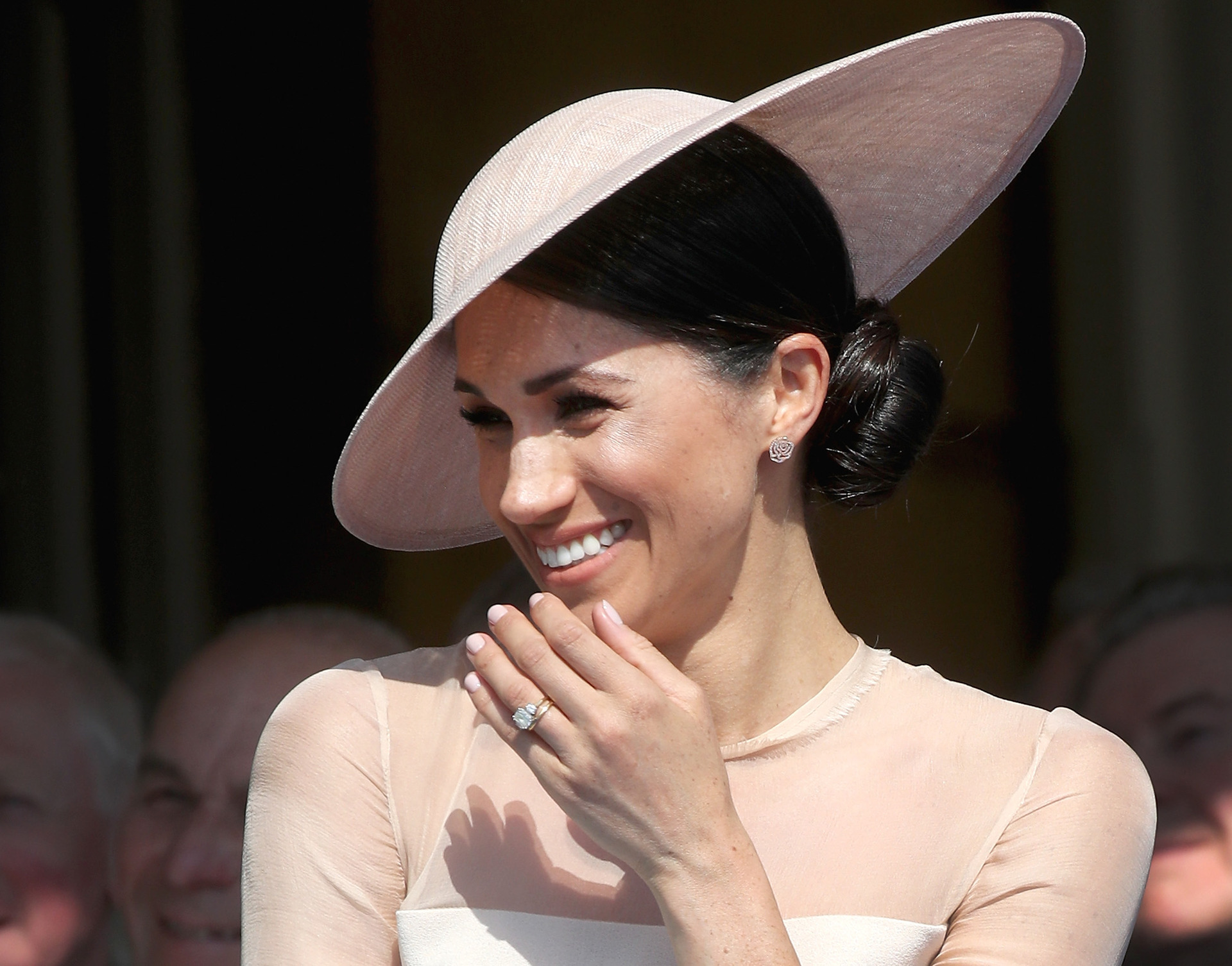 Royal expert: Meghan needs to stop spending 'huge quantities of money'