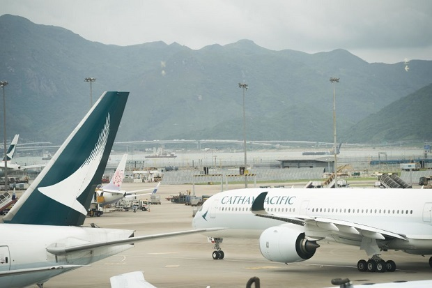 Flying from Auckland to Brussels via Hong Kong with Cathay Pacific