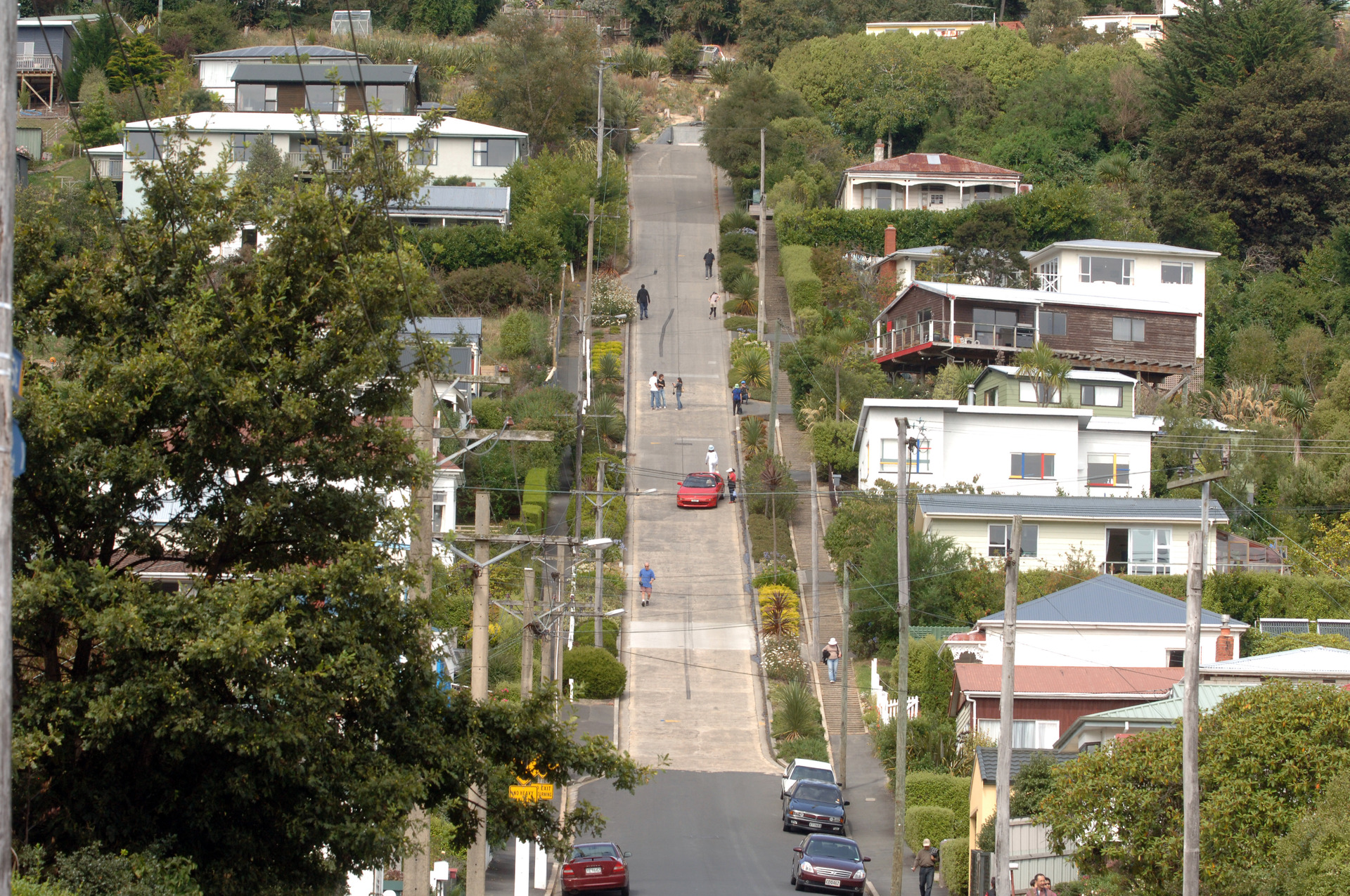 Dunedin's Baldwin Street loses steepest world title: Why residents are celebrating