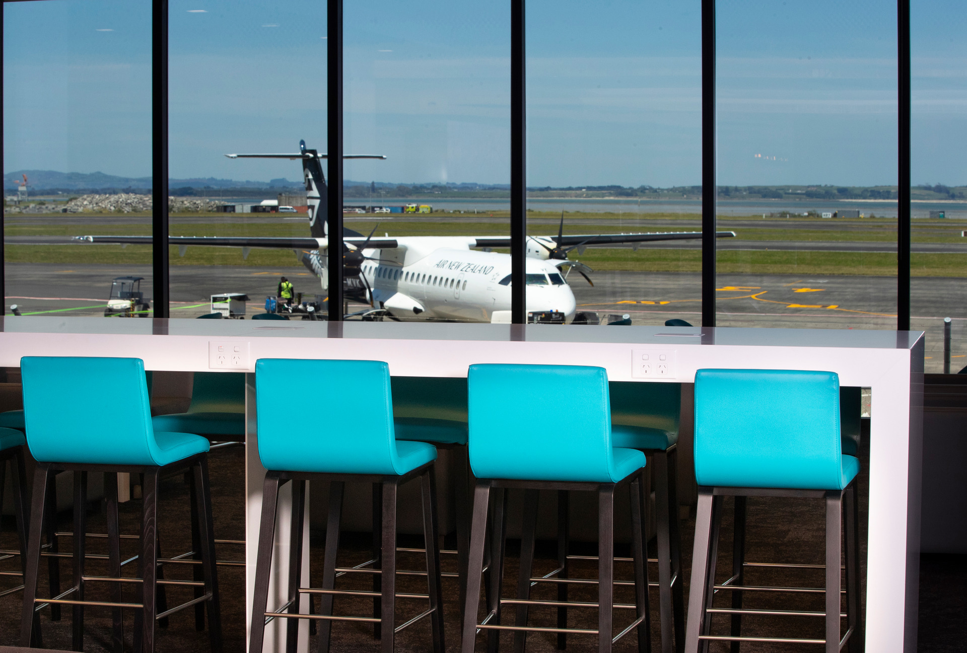 Inside Air NZ's newest Auckland Airport lounge