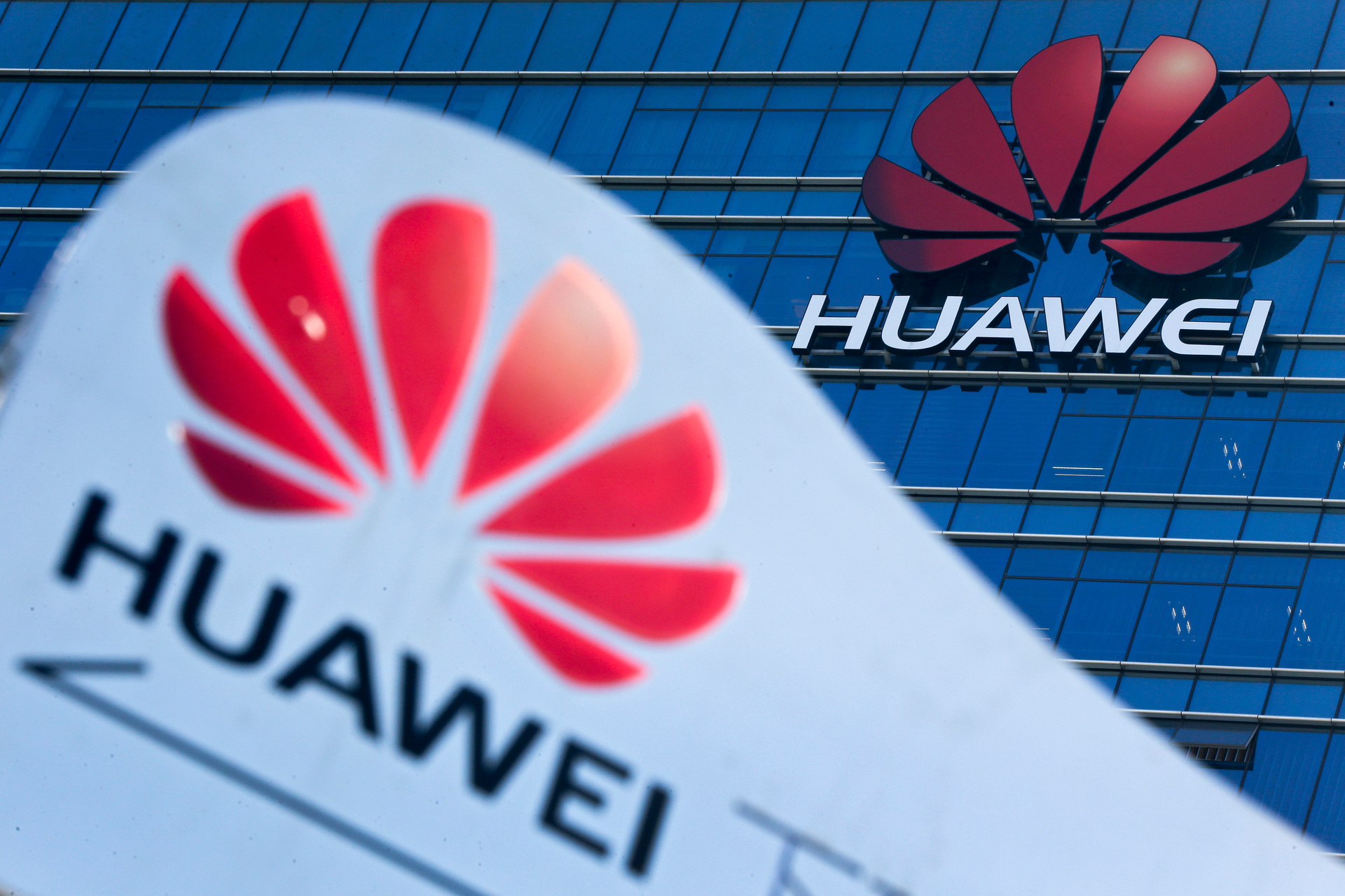 Huawei ban opens door to rivals - and reprisals