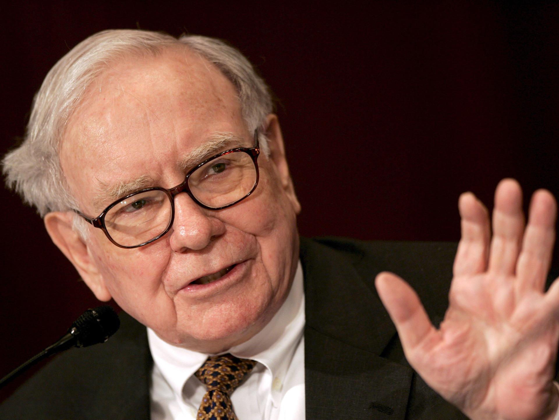 Life advice from Warren Buffett imposter goes viral