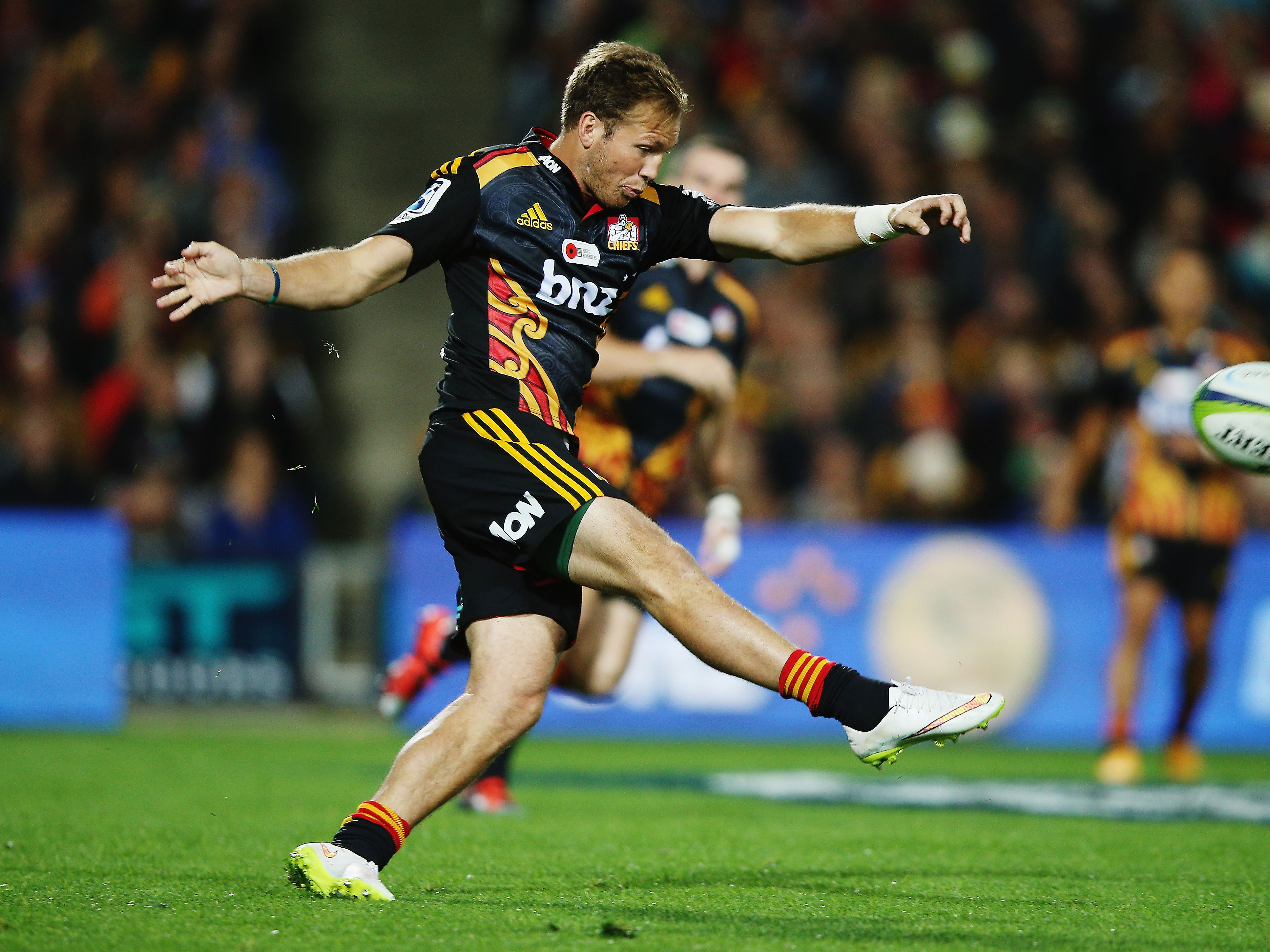 2d281b946c1 Rugby: McKenzie joins Crusaders competition - NZ Herald