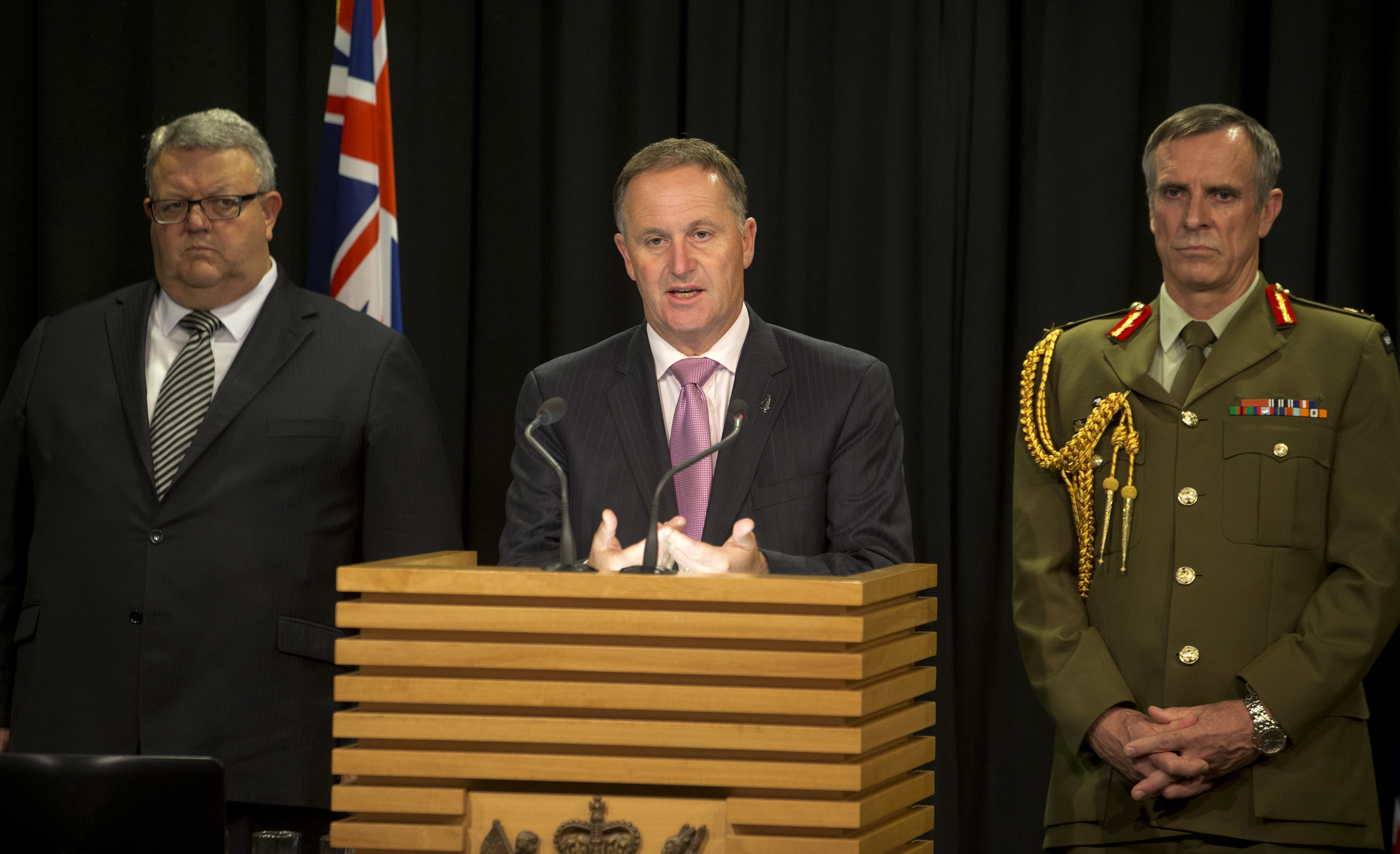 Get some guts and join the right side' - John Key lashes out