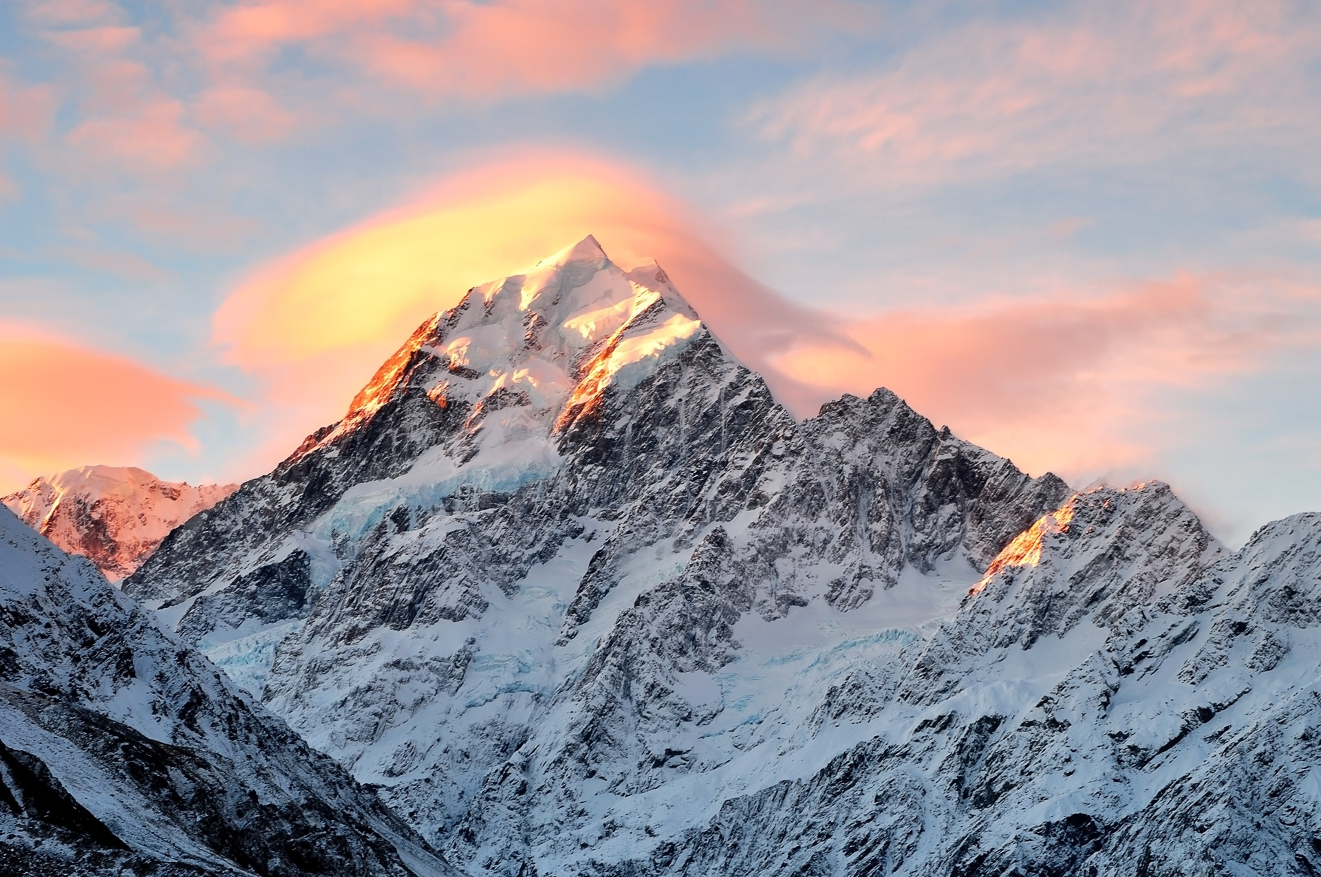 One injured after avalanche at Aoraki-Mt Cook