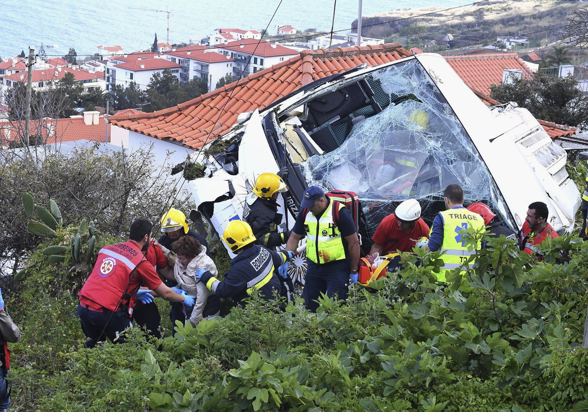 Tourist bus crash kills 29 on Madeira island, Portugal