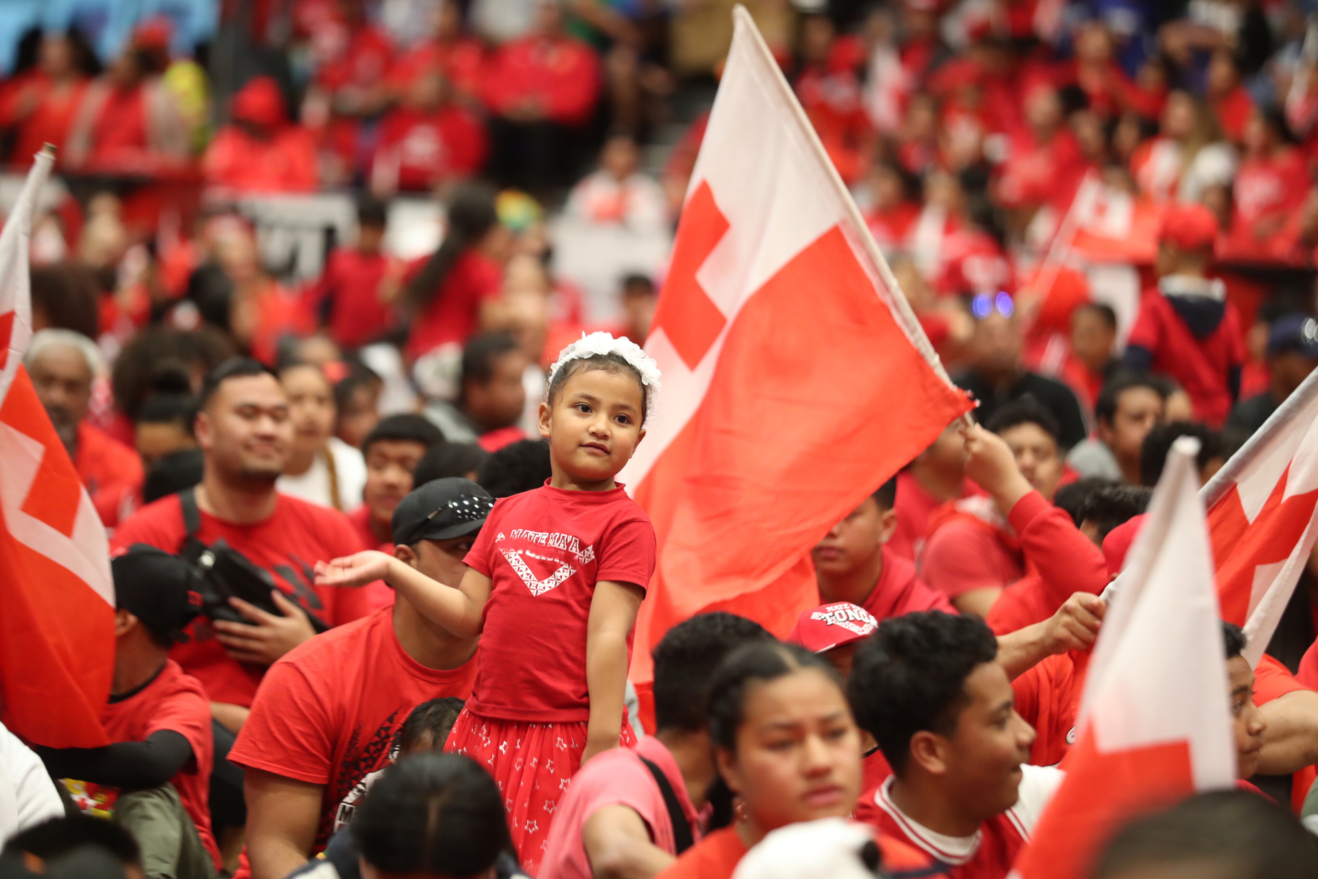 Mate Ma'a Tonga fans swarm Vodafone Events Centre to catch a glimpse of the team