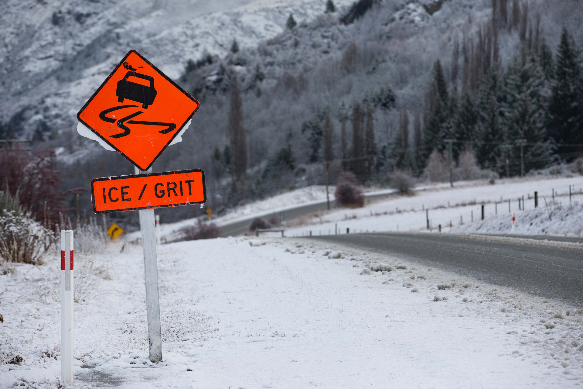 Rain, southwesterly winds and snow drop temps to single digits
