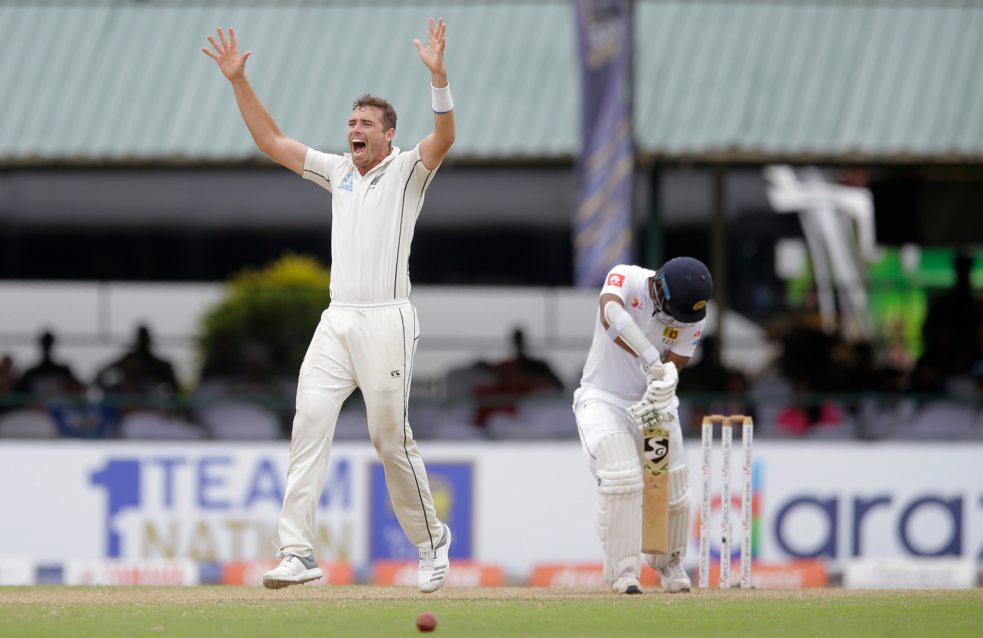 Right at the end! Black Caps claim thrilling test victory