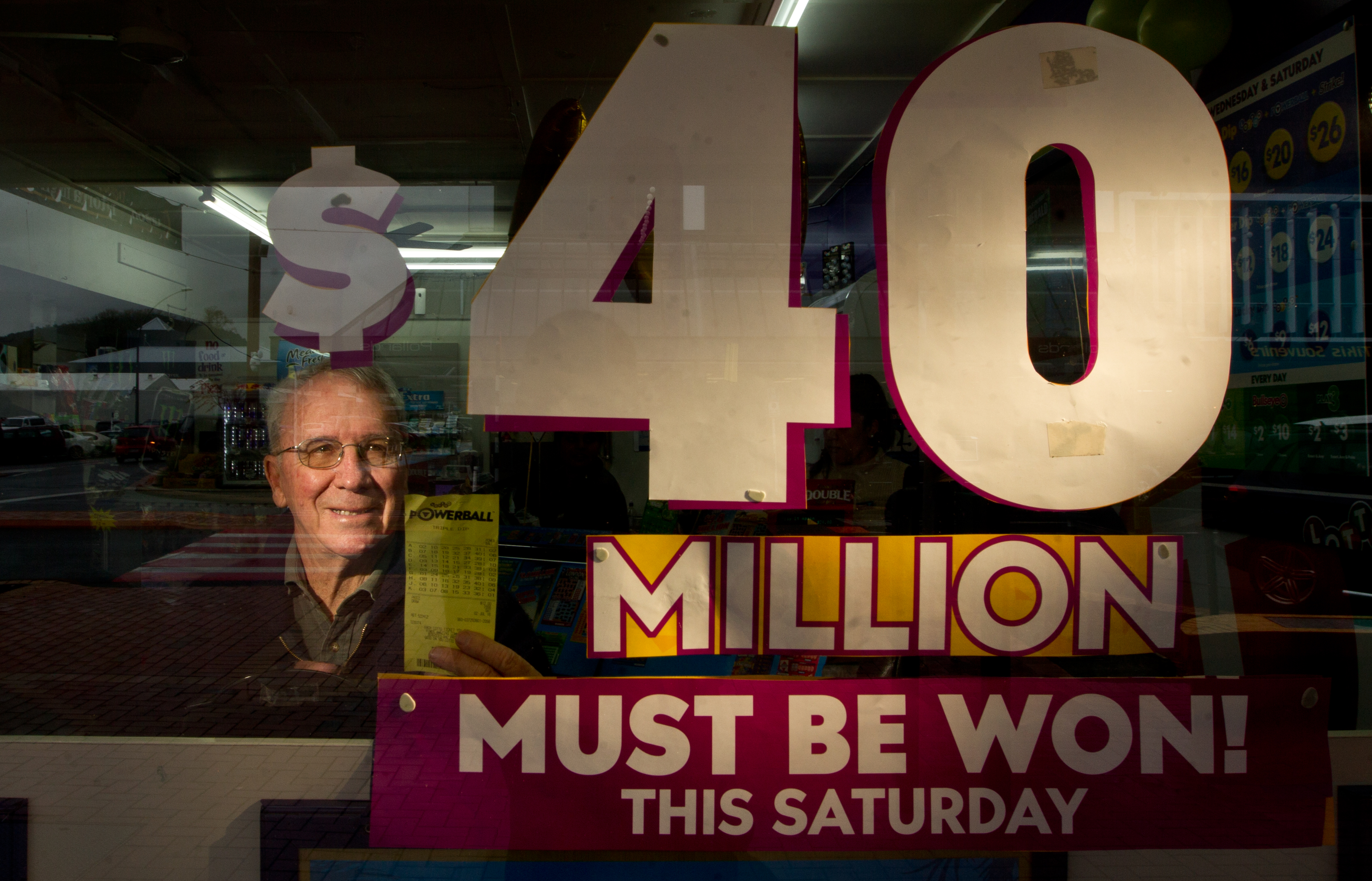 Lotto shop opens after-hours to check couple's winning ticket - NZ