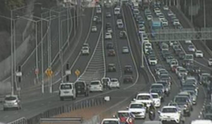 Traffic crawling on Auckland motorways as holidaymakers flee the city