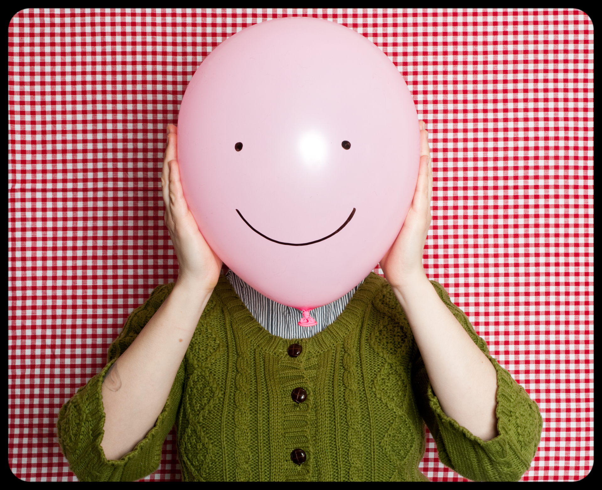 24 ways to be happier according to a happiness guru