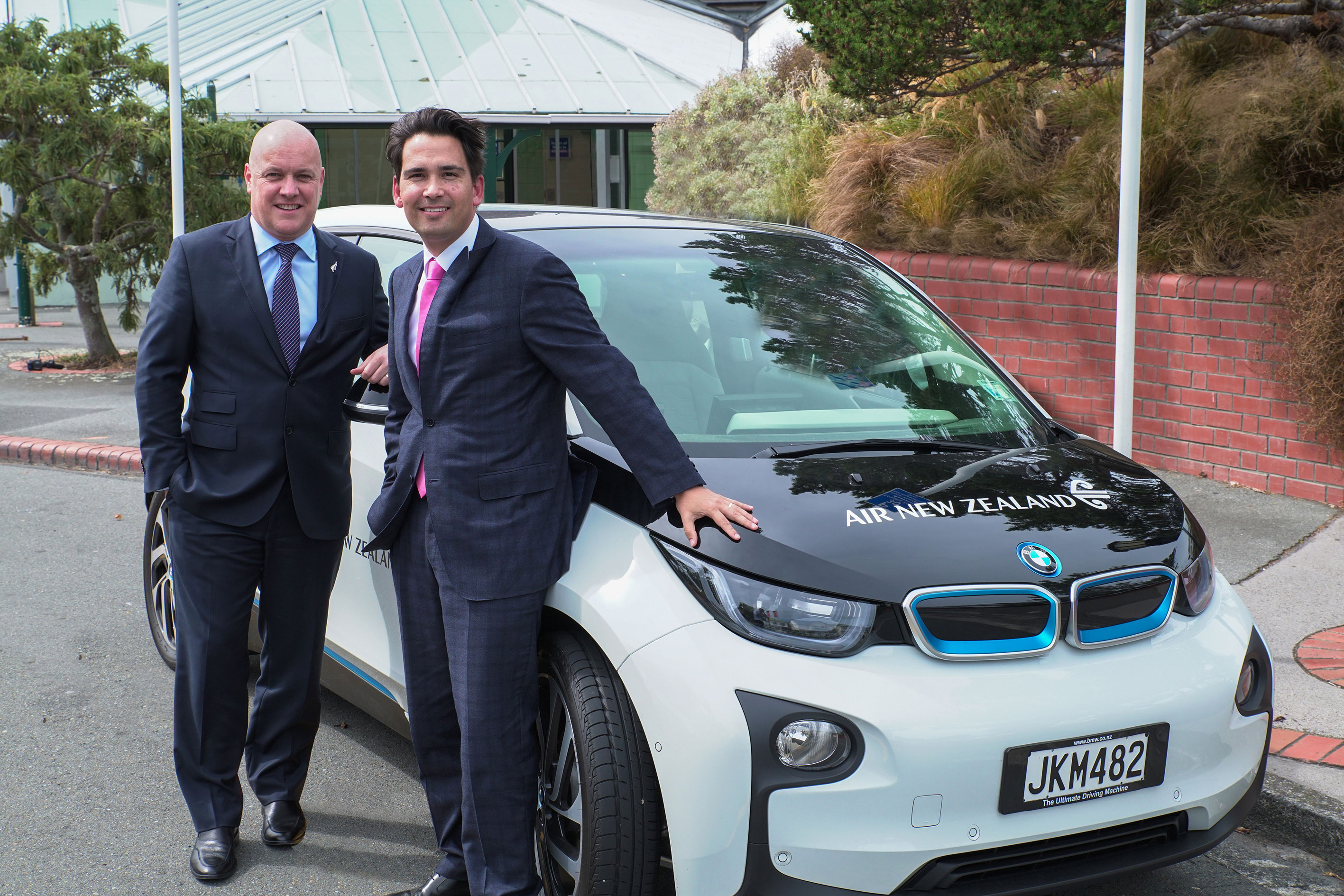 Air Nz Electrifies Its Fleet Of Cars Nz Herald