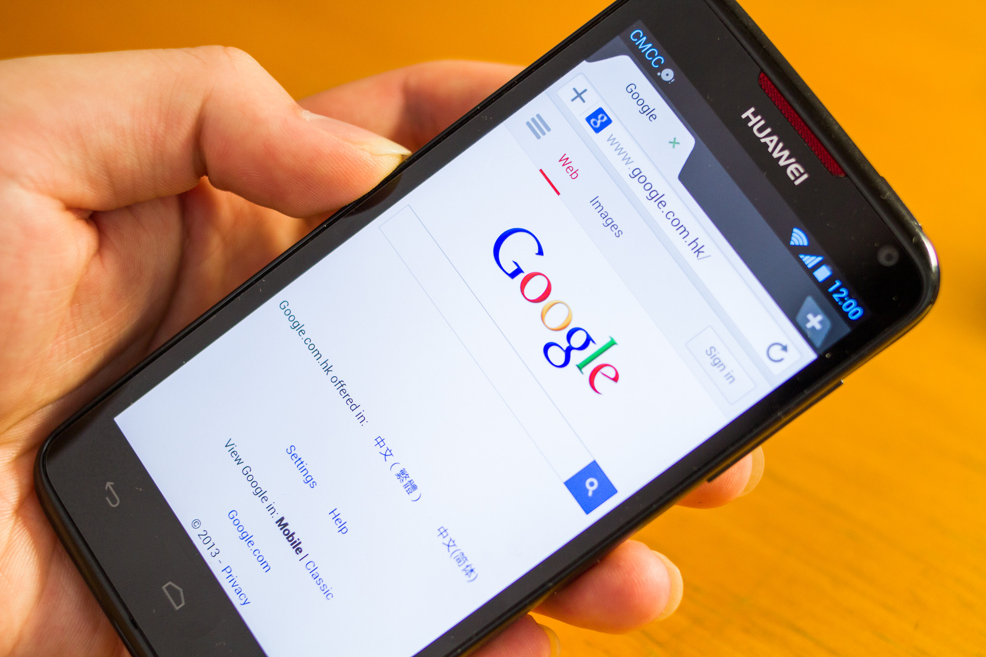 Shoppers turning their backs on Huawei following Google ban