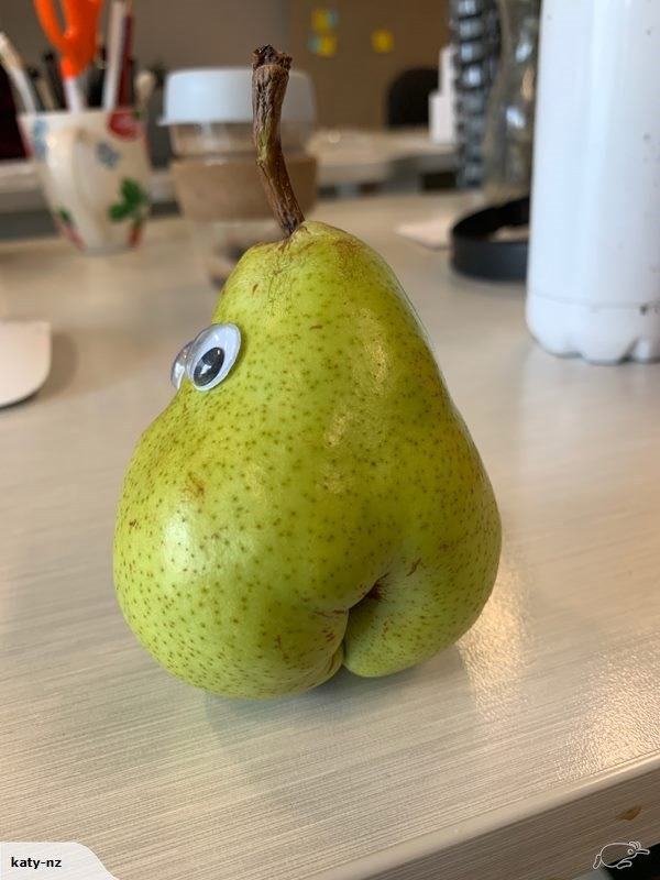 'Big booty pear' listed on Trade Me