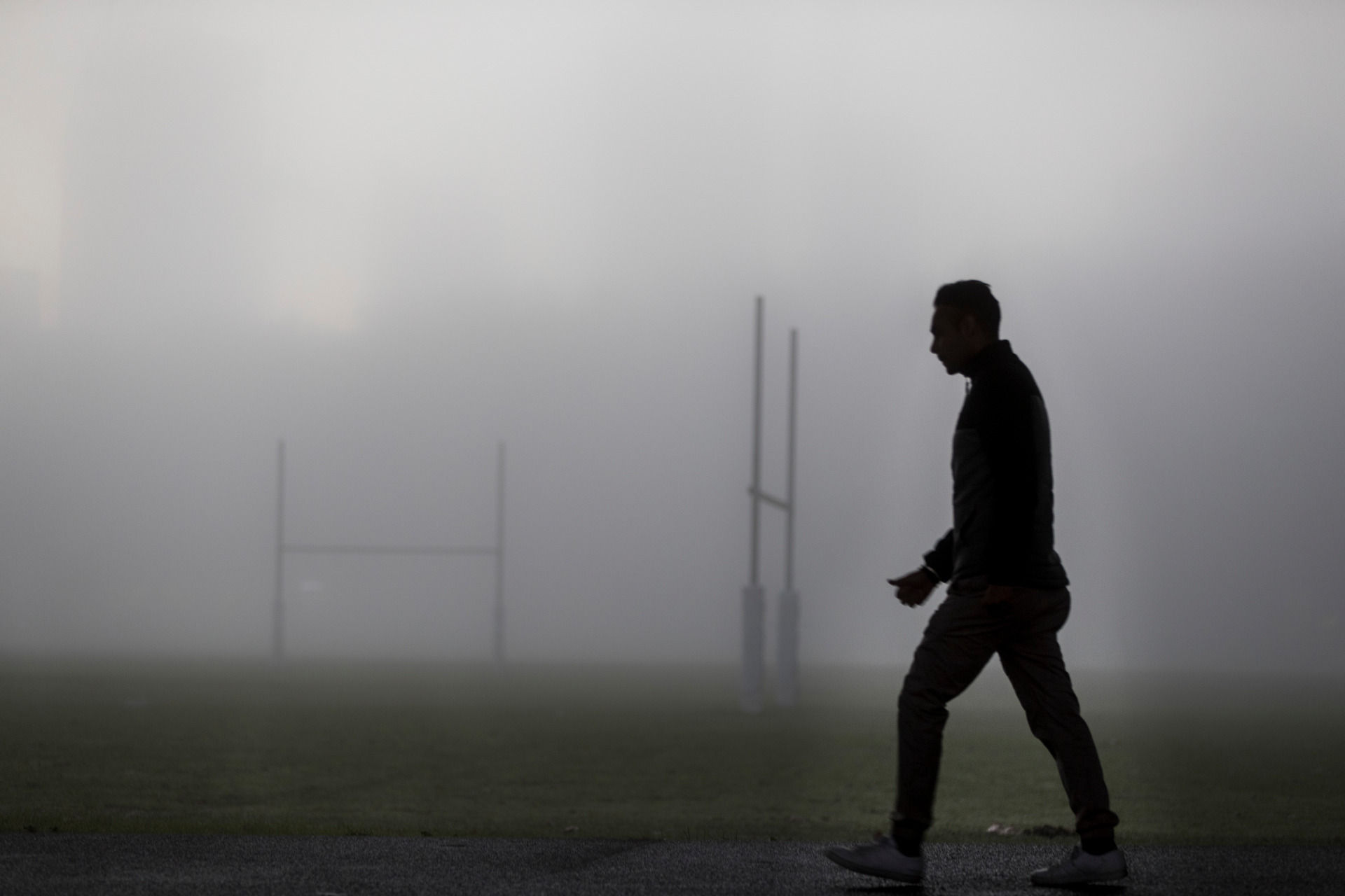 Flights at Auckland Airport cancelled and delayed after second consecutive day of fog