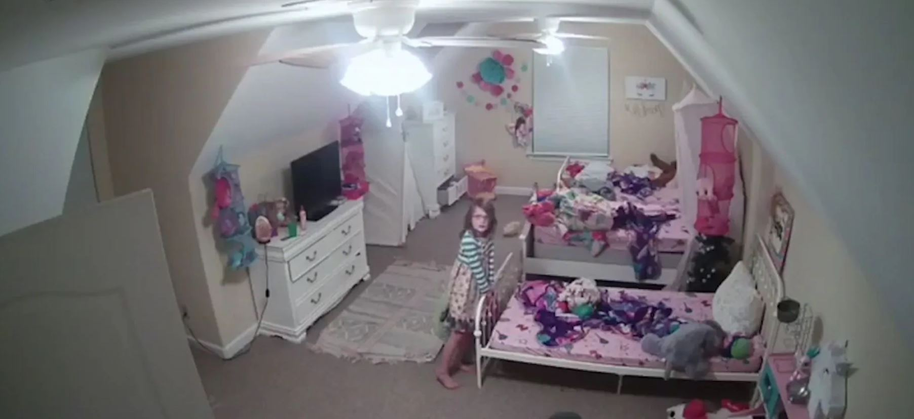 Chilling exchange shows hacker harassing 8-year-old girl in bedroom