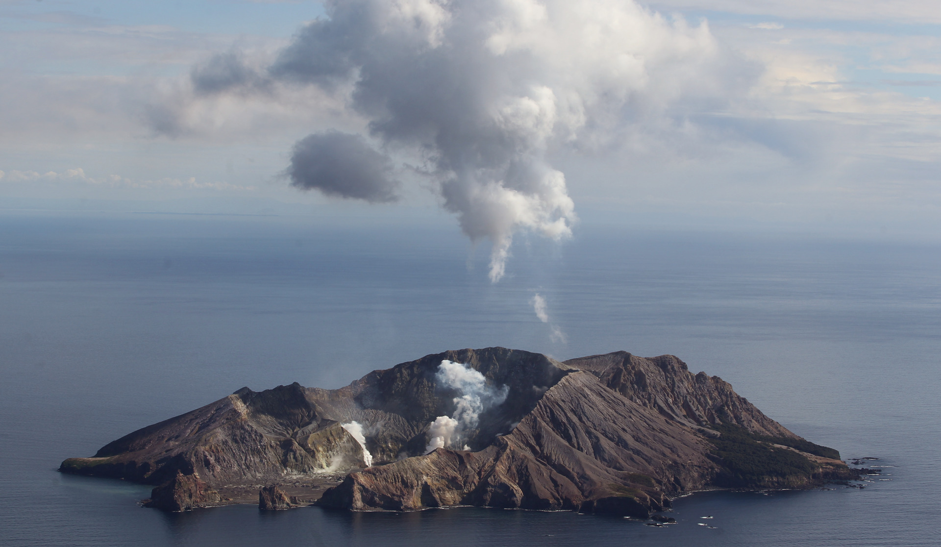 Volcanic alert raised: Activity increases on White Island