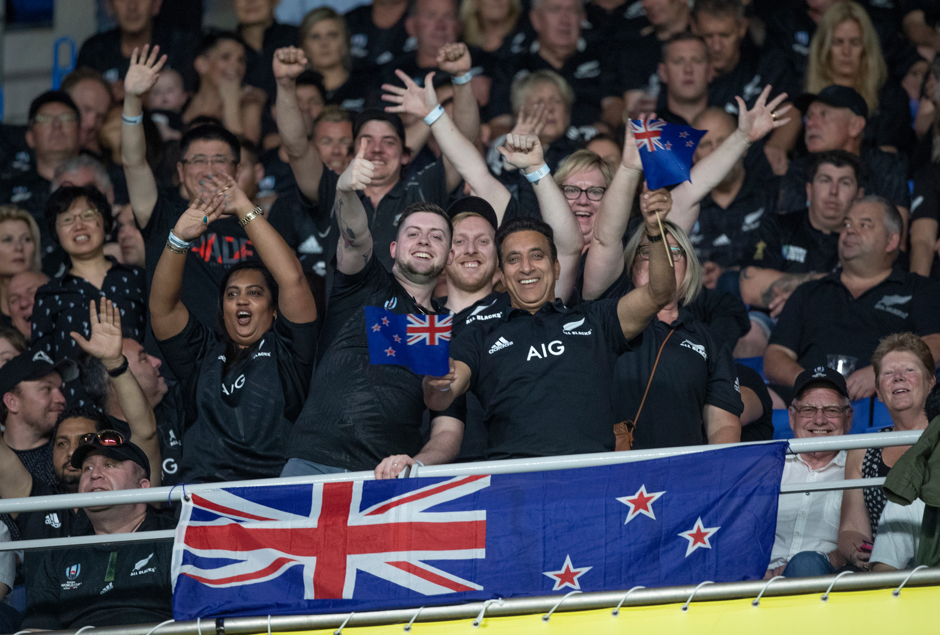 'Chinks in our armour': Sir Graham Henry's All Blacks warning
