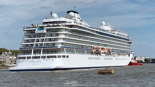 Napier to be part of record-seeking cruise's schedule