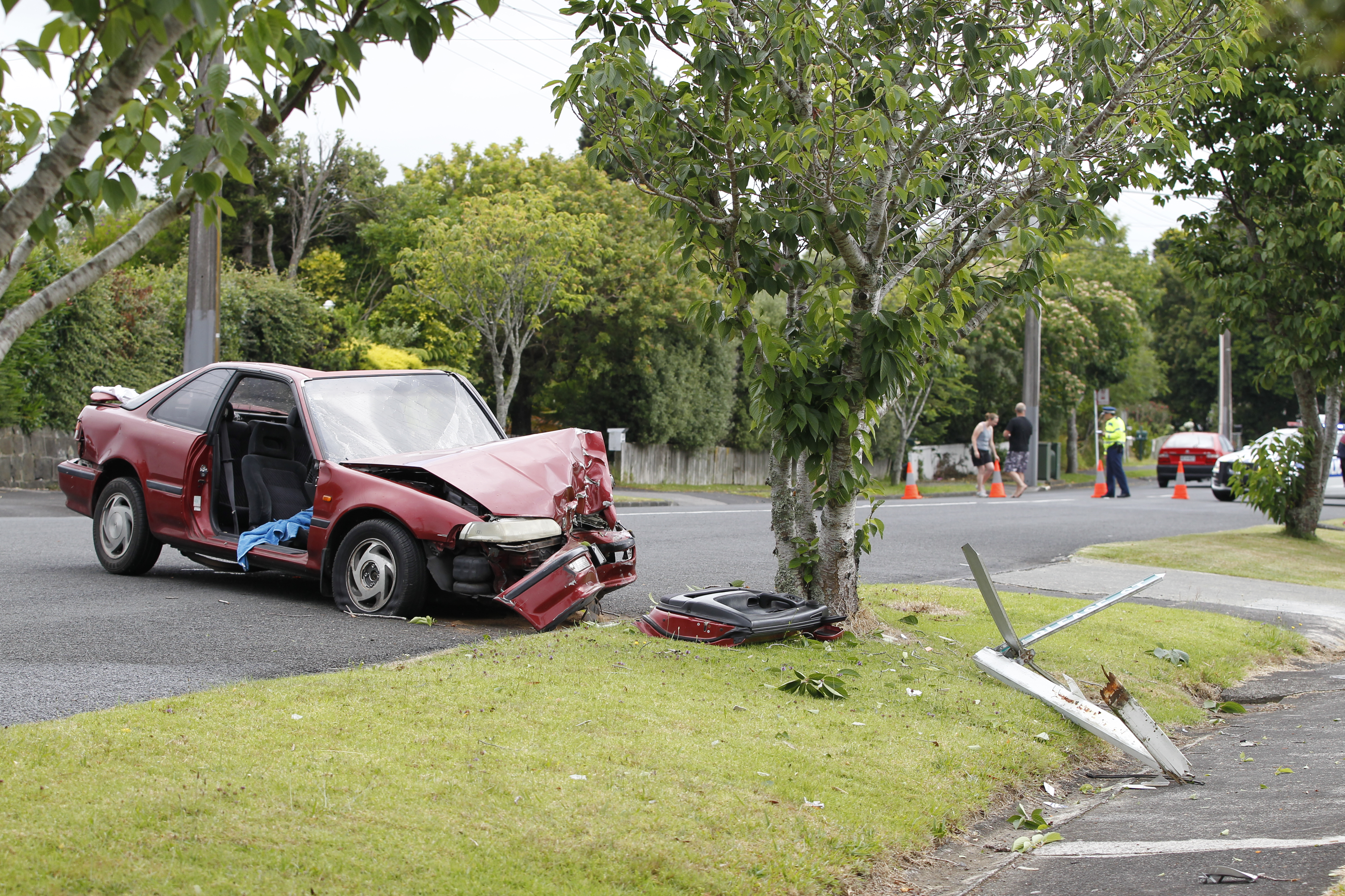 Woman dies following car crash - NZ Herald