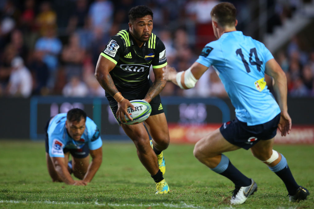 2019 Super Rugby: Hurricanes hang on to beat Waratahs