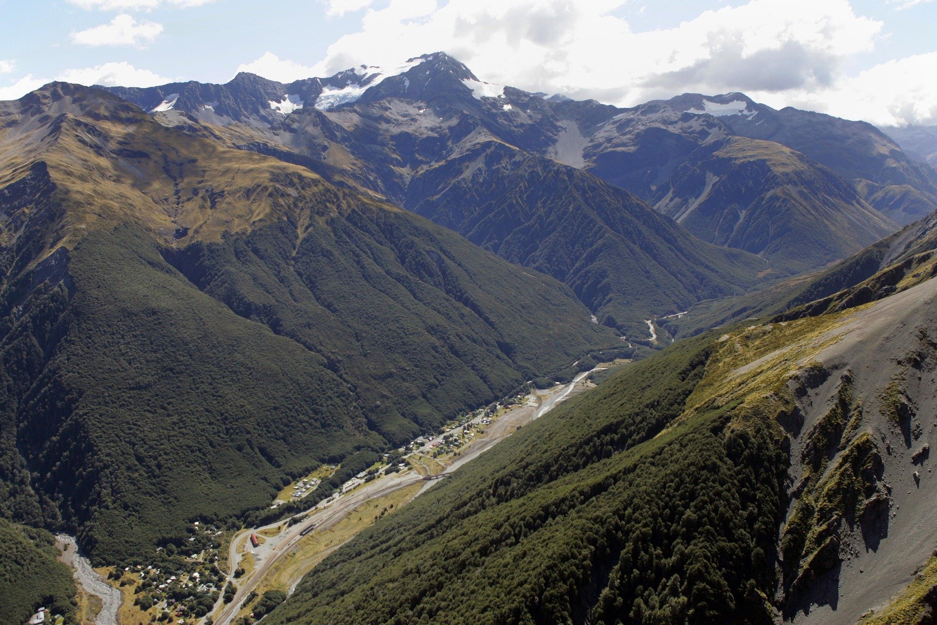 Man, visiting New Zealand, missing in Arthur's Pass National park