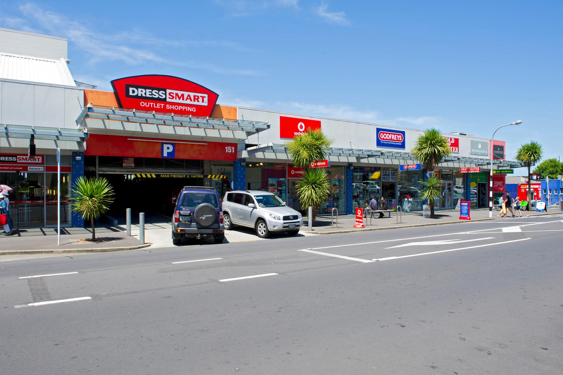 $350m property deal: Dress Smarts, Meridian malls for sale