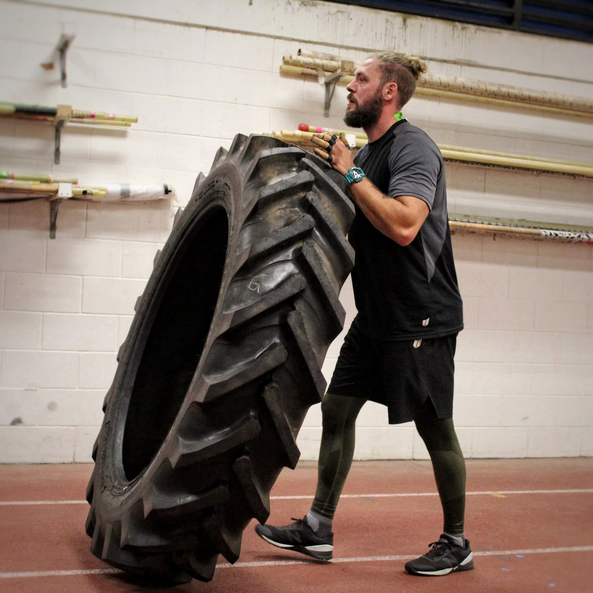 Crazy world record attempt - top Kiwi athletes stunned by Auckland tyre-flippers