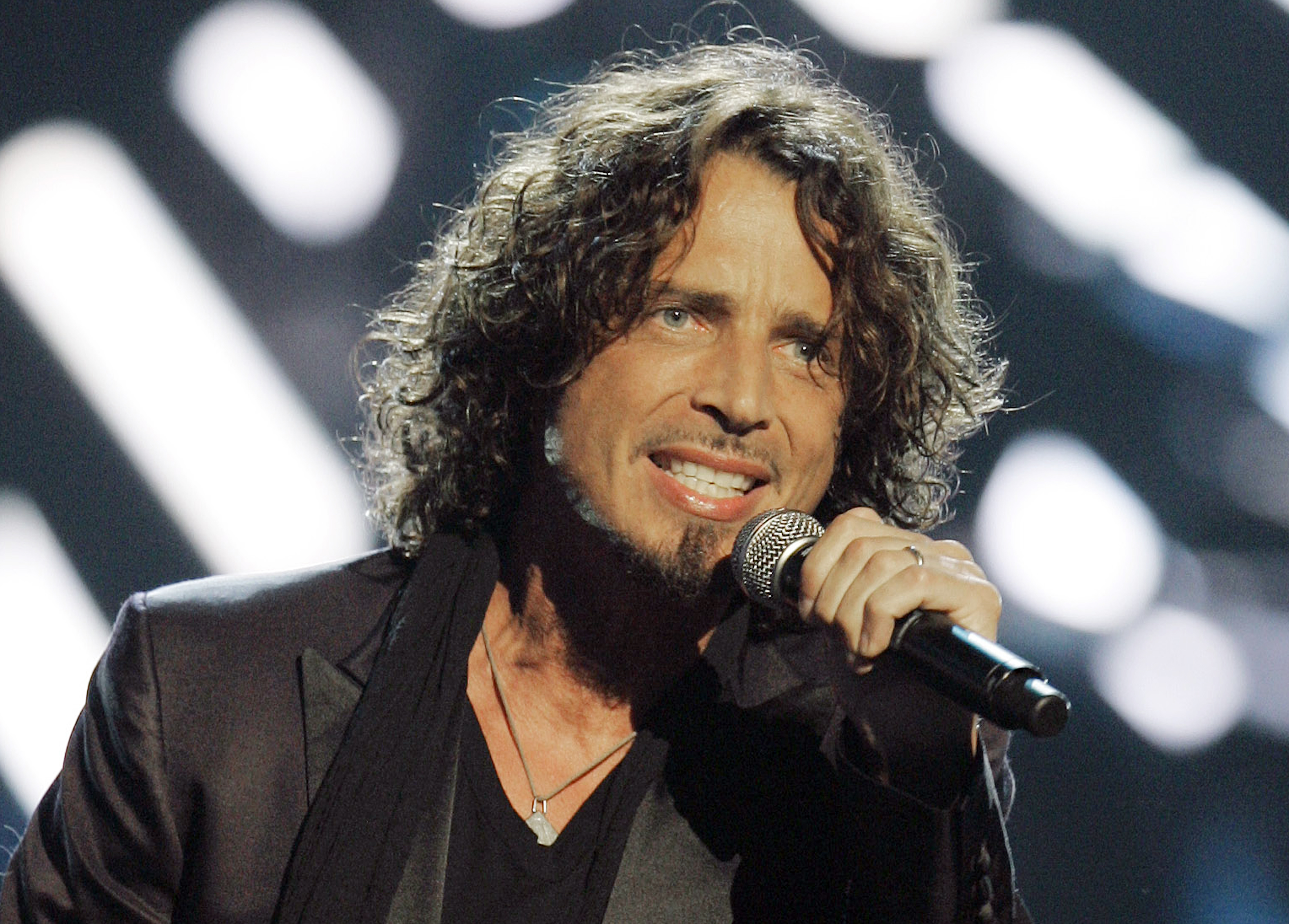 242ce2946f1 Daughter's heartbreaking tribute for Chris Cornell: 'I know you are still  here'