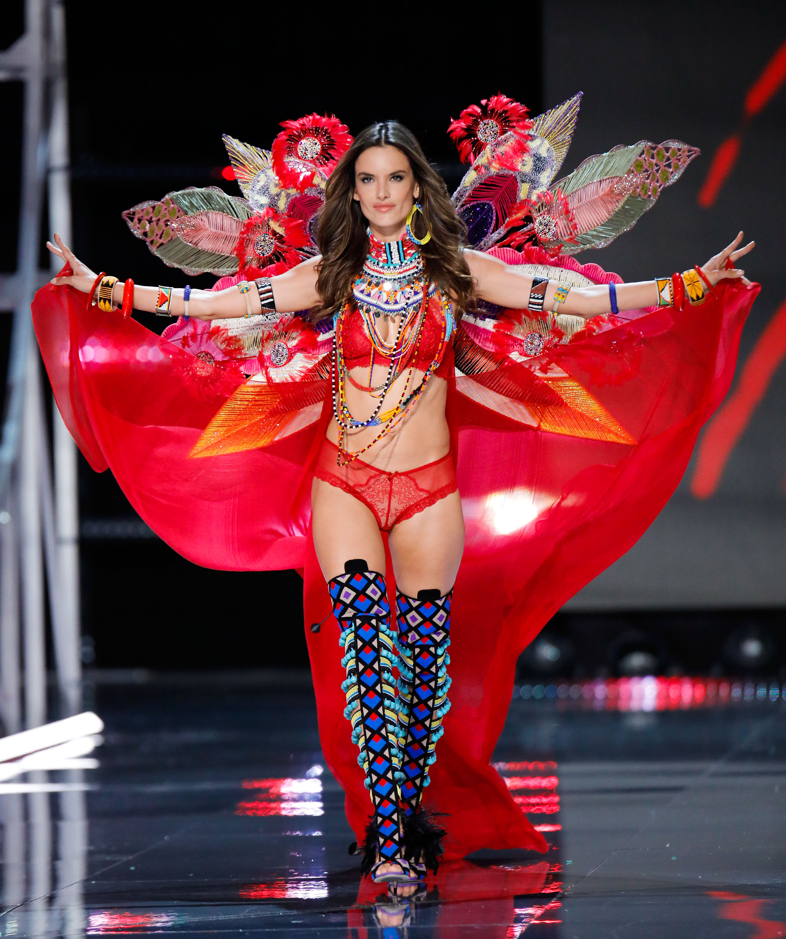 259519e5c8 The fitness and diet tricks of eight Victoria s Secret models - NZ Herald