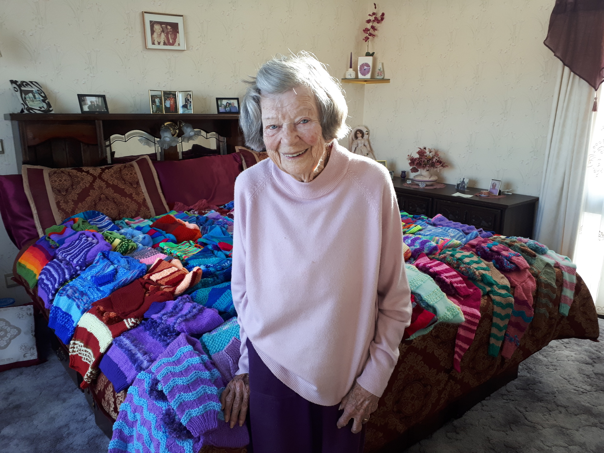 94-year-old Whanganui woman knits 68 sweaters for orphans